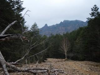 27年11月2日登山道から大同心-thumb-550x412-3491