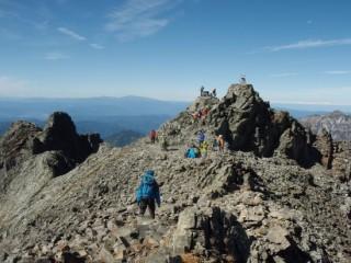 27年10月6日奥穂高岳山頂-thumb-550x412-3473
